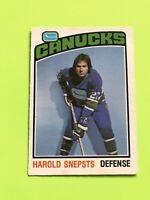 Harold Snepsts 1976-77 O-Pee-Chee NHL Hockey Card #366 Vancouver Canucks