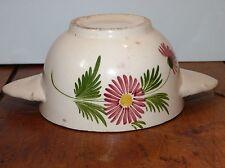 Ancien bol breton à oreilles décor floral non signé peut-être Quimper / Old bowl