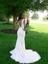 Jovani backless ivory lace sequined prom/wedding gown nude underlay size 00/0