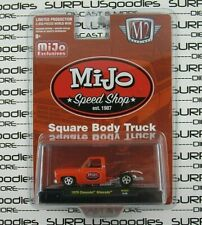 M2 Machines 1:64 MiJo Speed Shop 1979 CHEVROLET SILVERADO 10 SquareBody Pickup
