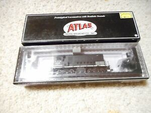 HO SCALE ATLAS NORTHERN PACIFIC HH600/600 DIESEL #125 W/SOUND