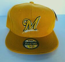 NWT Mens Milwaukee Brewers Baseball Cap Fitted Hat Camel/Mustard Multi Size