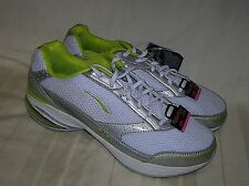LA Gear White/Green Leather Running Athletic Shoes/ Sneakers Women's Size us 10M