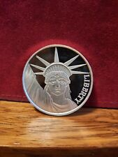 1 OZ STATUE OF LIBERTY LADY LIBERTY PC .999 FINE SILVER COIN BEAUTIFUL COIN