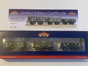 Bachmann Collectors Club Exclusive  37-076K Set of Plank Wagons  SE&CR Dark Grey