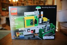 LEGO Inside Tour - 4000001 - Moulding Machines - 2011 - #22/68 - Signed