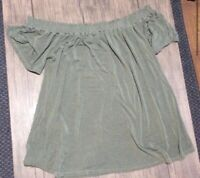 Cupio Cute off shoulder top, size M, gently used.