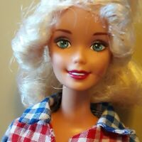 Vintage superstar Barbie 1976, in New condition!