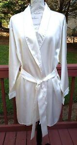 Frederick's Of Hollywood Satin Kimono Short Length Robe Size XL Ivory