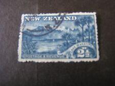 """NEW ZEALAND, SCOTT # 111, 21/2p.VALUE 1902-07 """"HULU"""" SACRED BIRDS ISSUE USED"""