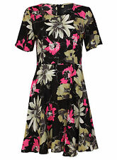 Papaya Floral Women's Round Neck Dresses