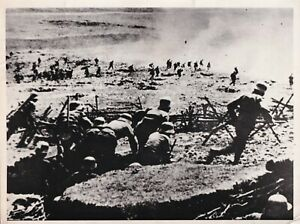 Press Photo WW1 Assault on the Isonzo Austro-Hungarians attack Italians 1916 a