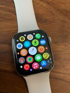 Apple Watch Series 5 - 44mm - Stainless Steel - Cellular - White Sport Band