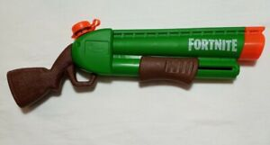 ker Fortnite Pump-SNerf Super SoaG Water Blaster Pump Action Soakage Water Gun