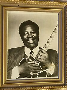 "*SIGNED* BB King Photo "" Divorce Sale !"