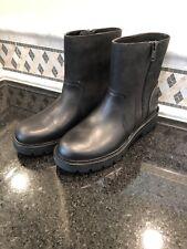 Women's UGG Polk Black Boots- size 9 - #1103752
