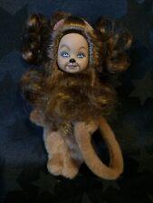 Barbie Mago De Oz Kelly Tommy como el León cobarde