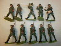 Konvolut 10 alte Elastolin Kunststoff Soldaten zu 7.5cm Marschzug mit Musik