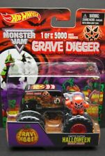HOT WHEELS MONSTER JAM HALLOWEEN GRAVE DIGGER LIMITED EDITON