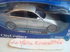 MACCHINA MINIATURA BMW SERIE 3 5 PORTES NUOVO IN SCATOLA 1/32 NEW RAY RIF. 52023