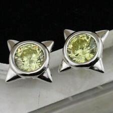 New White Gold Filled Round Peridot Green CZ Bezel Star Setting Stud Earrings