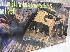 DRAGON 1/35 6042 15cm sturm-infanteriegeschutz 33 Auf PZ III modello KIT SIGILLATO