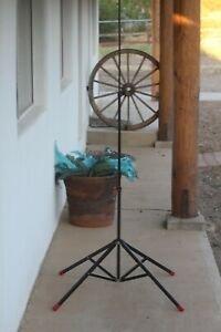 """Smith Victor Metal Photography Photo Light Stand. Model 401240-S9. 71"""" Height."""
