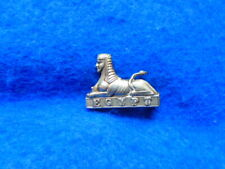 More details for post 1881 the glouchestershire regiment egypt sphinx white metal collar badge