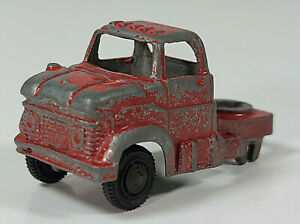 """Vintage Tootsietoy Ford Semi Truck Cab 2"""" Diecast Scale Model"""
