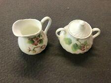 Porcelaine Wedgwood déco Apple Blossom 1 pots à lait + 1 pot à sucre individuel