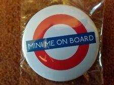 """Button """"MINI ME ON BORD"""" 7,5 cm Baby Kleinkind Anstecker +++ neu"""