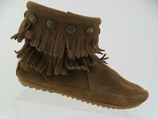 MINNETONKA 693 Double Fringe Brown Sz 8 WOmen Moccasin Boots