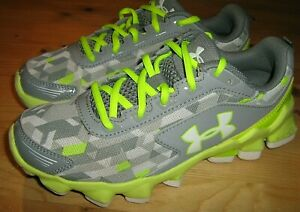 Girls sz 3.5Y Under Armour Micro G Nitrous Running Shoes 1258207-053