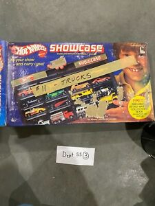 Vintage 1981 Hot Wheels Showcase Display Case, Holds 16 Cars with original box