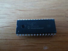 PIC16F883-I/SP  8Bit CMOS Microcontroller Microchip