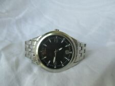 Men's Analog Wristwatch w/ Metal Link Band WORKING!