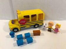 Peanuts Charlie Brown School Bus Playset Snoopy Sally Figures and Accessories