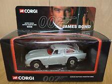 CORGI 04303 James Bond 007 Aston Martin DB5 with working features