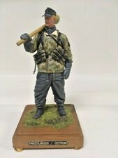 Verlinden 120mm, resin soldier Panzerjaeger/ostfront, painted and mounted