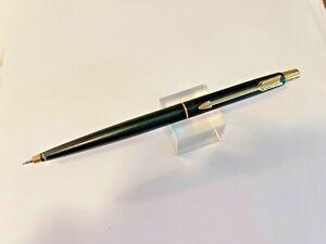 1982 Matte Black Parker Classic Propelling Pencil Gold Trim  Excellent condition