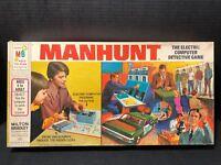 Manhunt Detective Game Milton Bradley 4235 Vintage