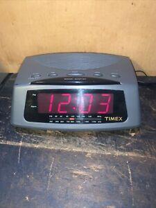 Timex AM/FM Alarm Clock Radio Model T229B Large Display Vintage Used.
