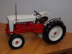 FRANKLIN MINT 1/12 PRECISION DETAIL 1953 FORD  JUBILEE TRACTOR