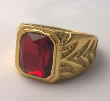 G-Filled 18ct yellow gold simulated Mens garnet ring Gents USA size 11 AUS W new
