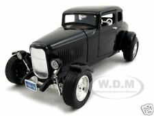 1932 FORD COUPE BLACK 1:18 DIECAST MODEL CAR BY MOTORMAX 73171
