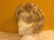 Fashion Club Tiffany Blonde Wig Color E23 LARGE~NEVER USED~IN ITS ORIGINAL BOX