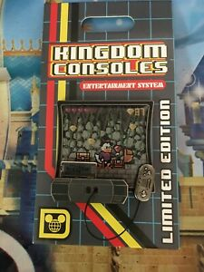 DUCKTALES  Kingdom Consoles 2019 Pin Video Game LE4000 Scrooge McDuck