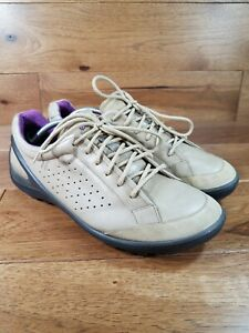 ECCO Biom Woman's Taupe Leather Lace Up Golf Street Shoes Cleats Sz 9/9.5 EU 40