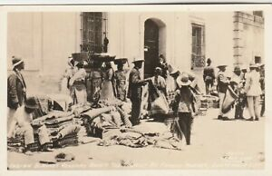 RPPC~INDIAN BLANKET VENDORS~GUATEMALA CITY~GRACE LINE PHOTO POSTCARD