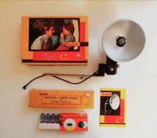 Flash Kodak C + adaptador + cajas de cartón originales  + bombillas + manual